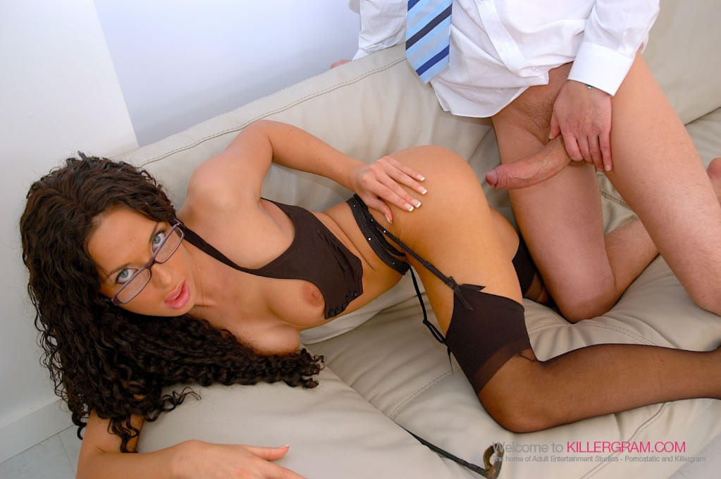 Anaya Leon - An Office Affair