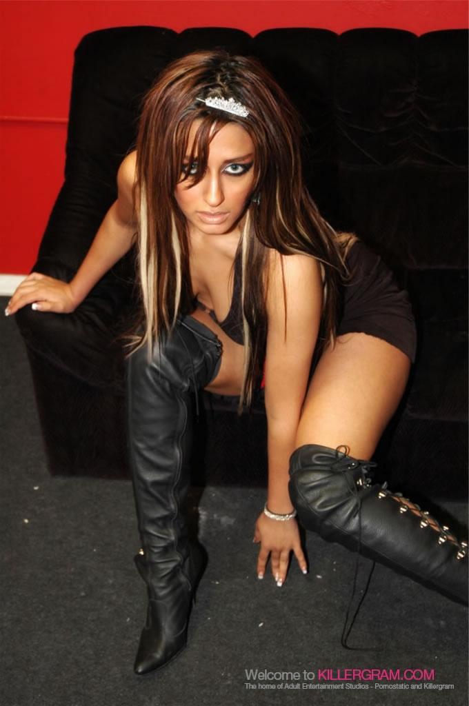 Ariana Mistry - Voyeurcam Fantasy
