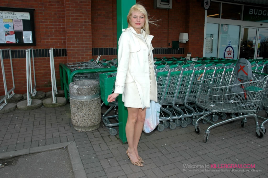Ava Martin - A Supermarket Sweep