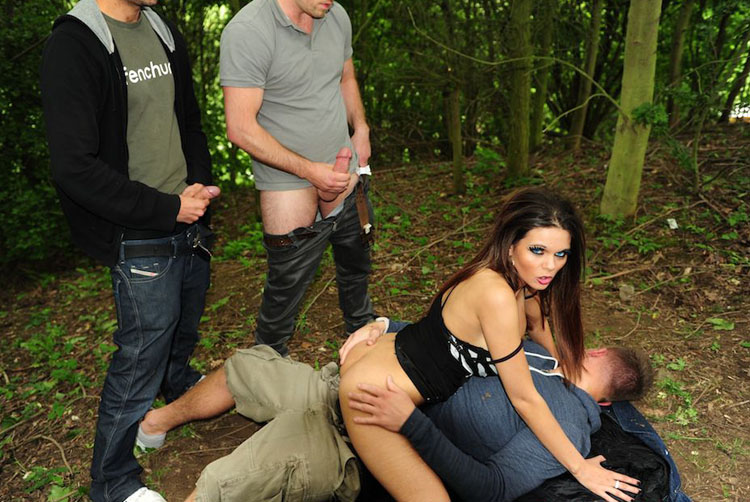 Chantelle Lee - Triple Cock Dogging