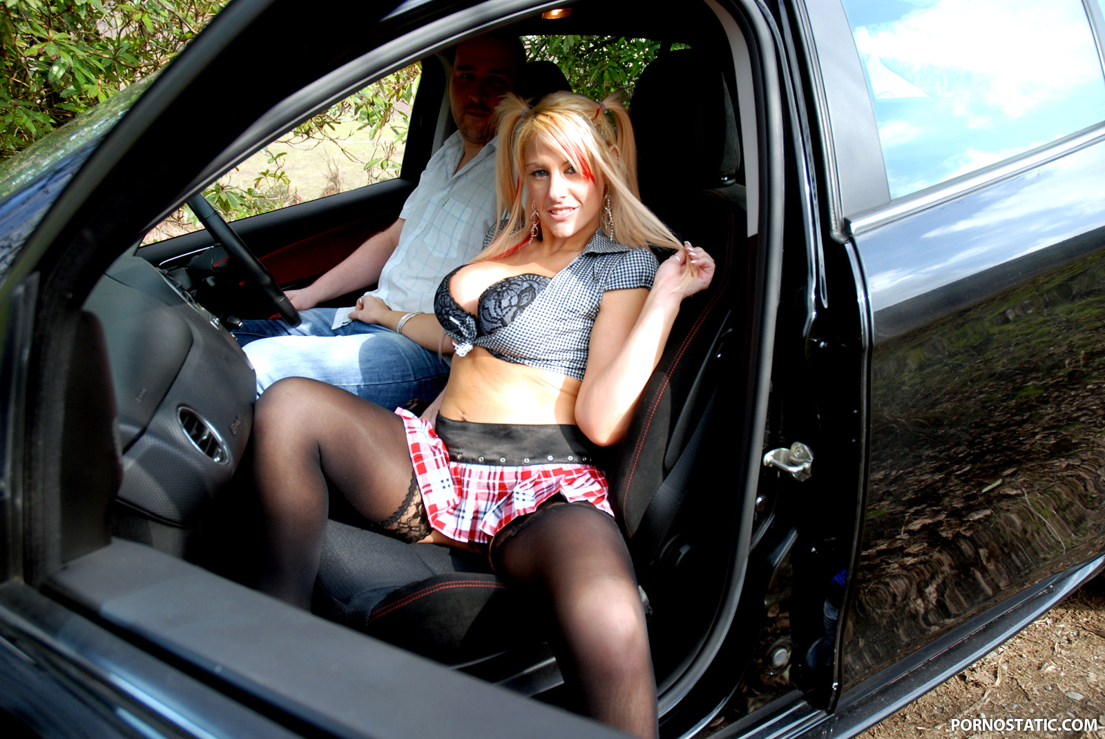 Crystal Lei - Dogging In The Wilderness
