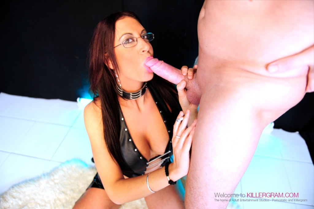 Emma Butt - Hot Smoking Fuck Slut