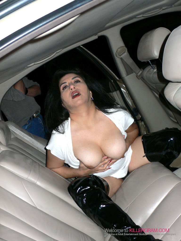 Felicia Graham - Taking On A Dogging Gang