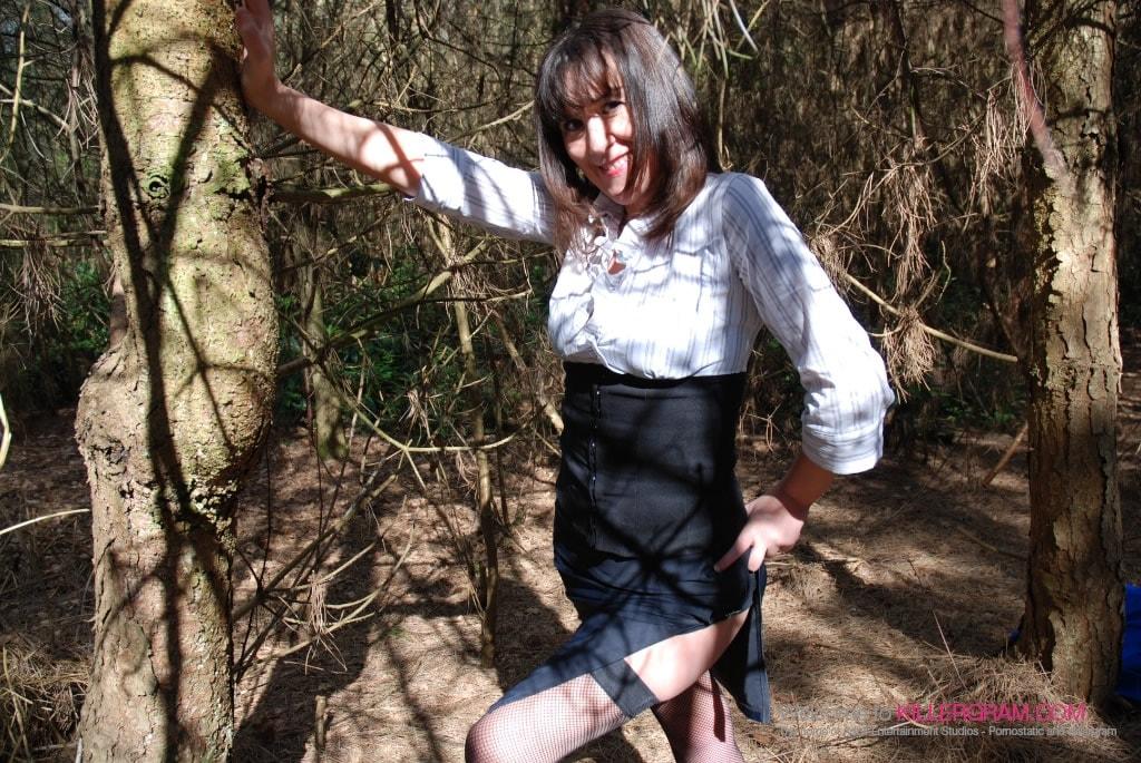 Fiona Bird - A Dogging Lunch Break