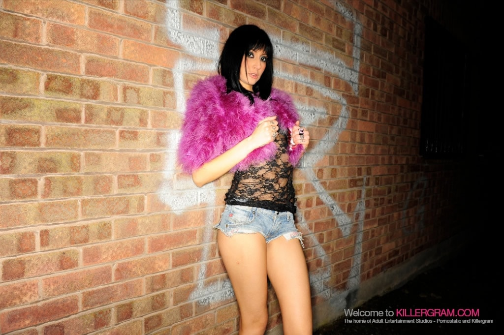 Havana Sin - British Asian Streetwalker