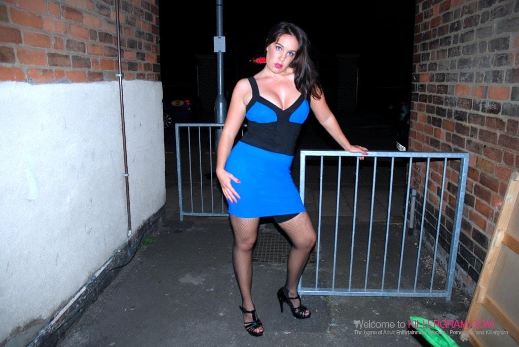 Jane Berry - A Street Slut Blow Job