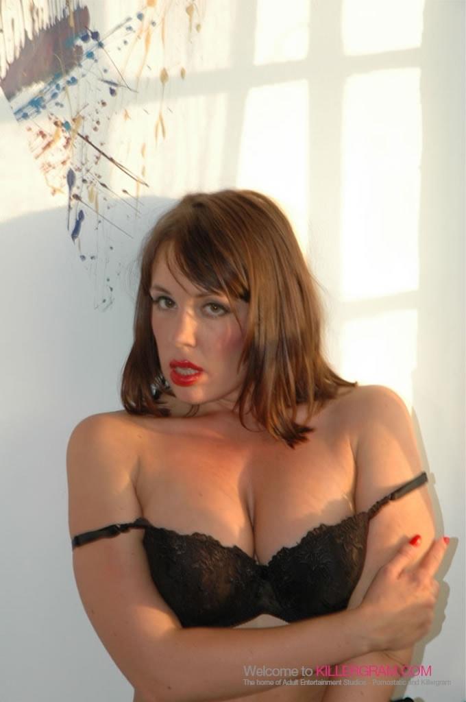 Jane Berry - Show The Camera
