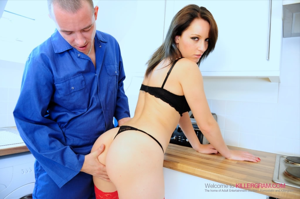 Jasmine Lau - Call In The Handyman