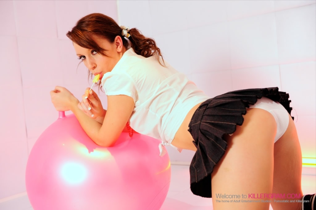 Jasmine Lau - Hopping for Pleasure