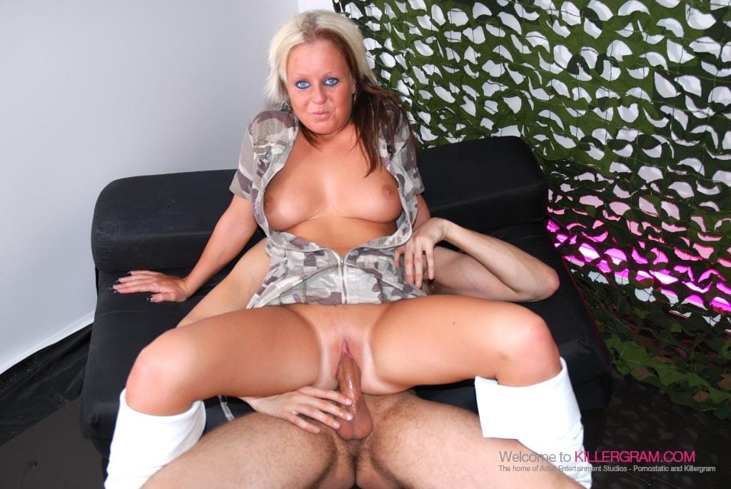 Jasmine Stone - Brand New Booty