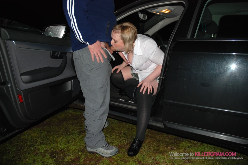 Jodie Jones - A Dogging Debut