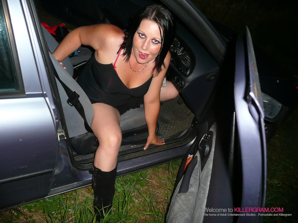 Kaicee Marie - A Secret Dogging Mission