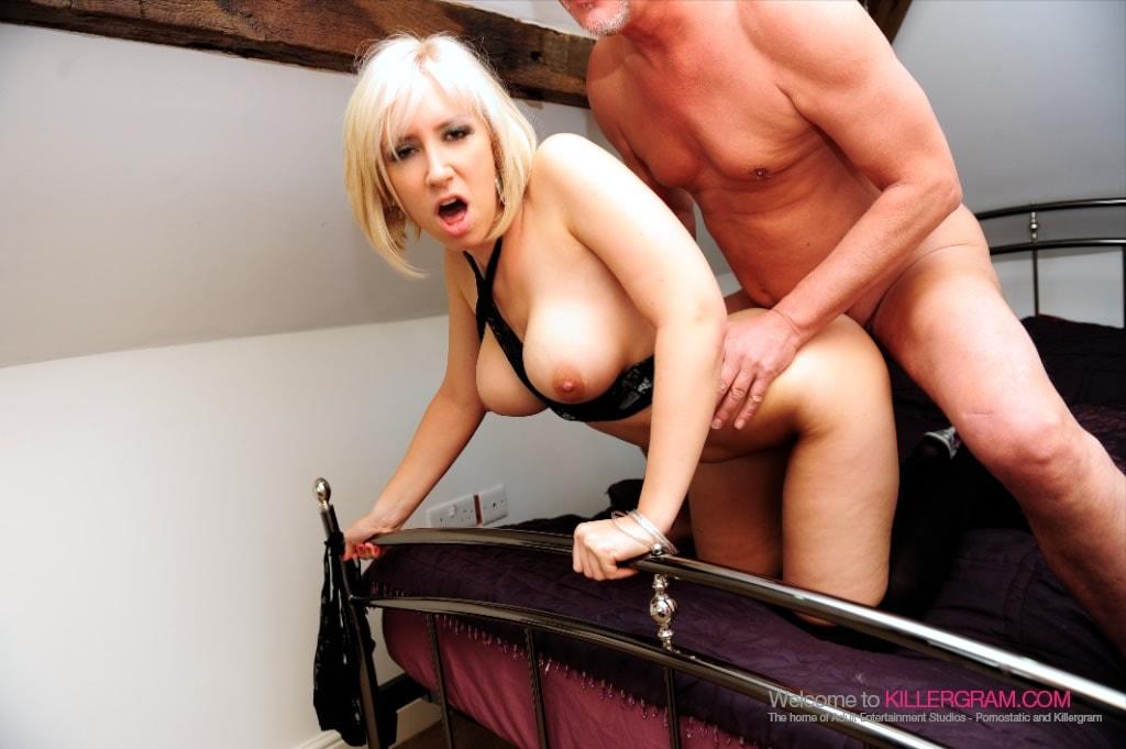 Karlie Simone - A Hot Blonde Party Slut