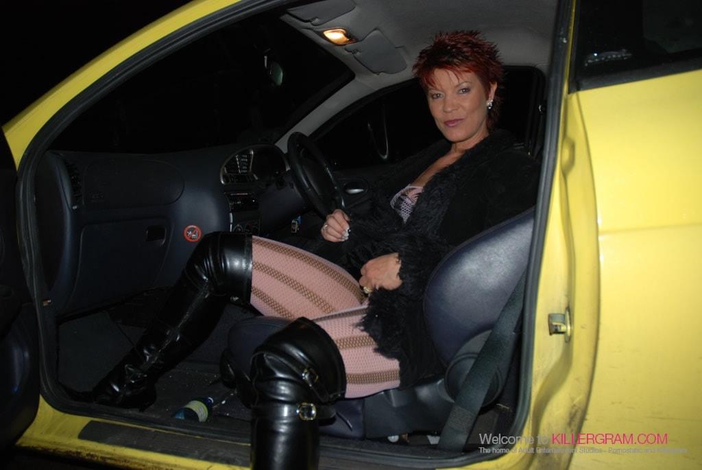 Lynne Warner - A Dogging Swinger