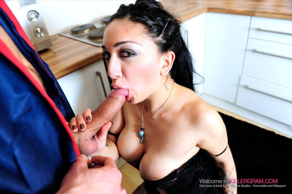 Mai Bailey - Call In The Handyman
