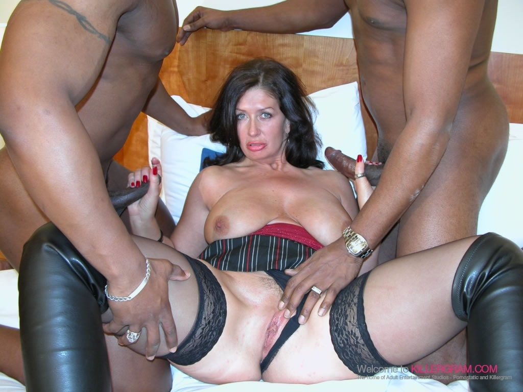 Sara Beattie - A Black Cock Threesome