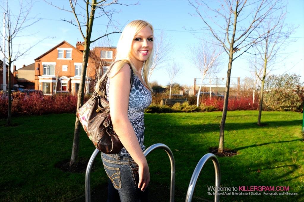 Scarlet Lovatt - Hot Blonde College Babe