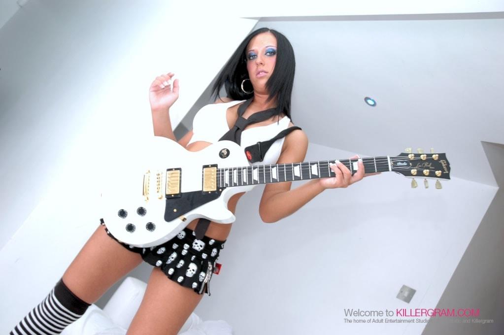 Skyler Mckay - Get Your Rocks Off