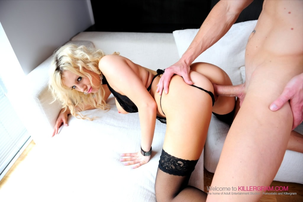Syren Lee - Hot Blonde Dark Nylons