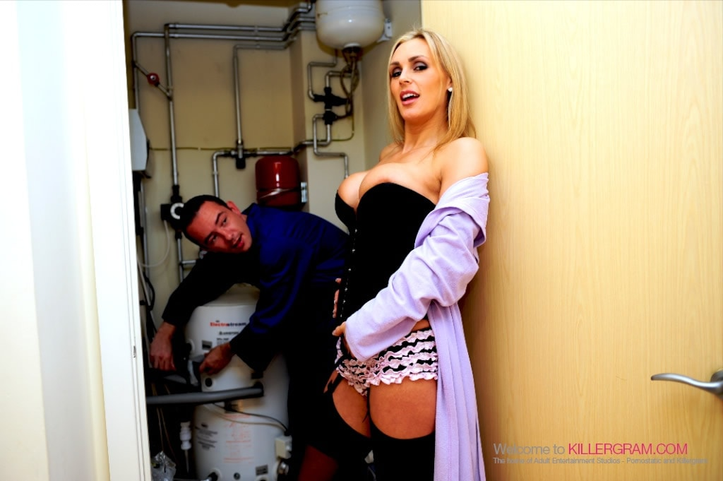 Tanya Tate - Hot MILF Perfection