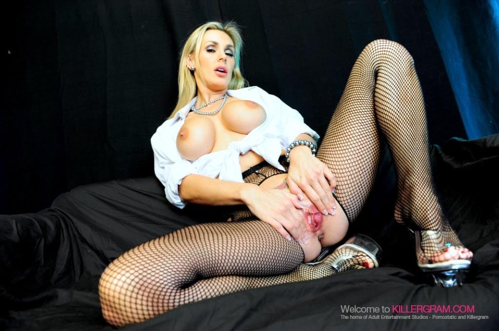 Tanya Tate - Nylons and Huge Cock
