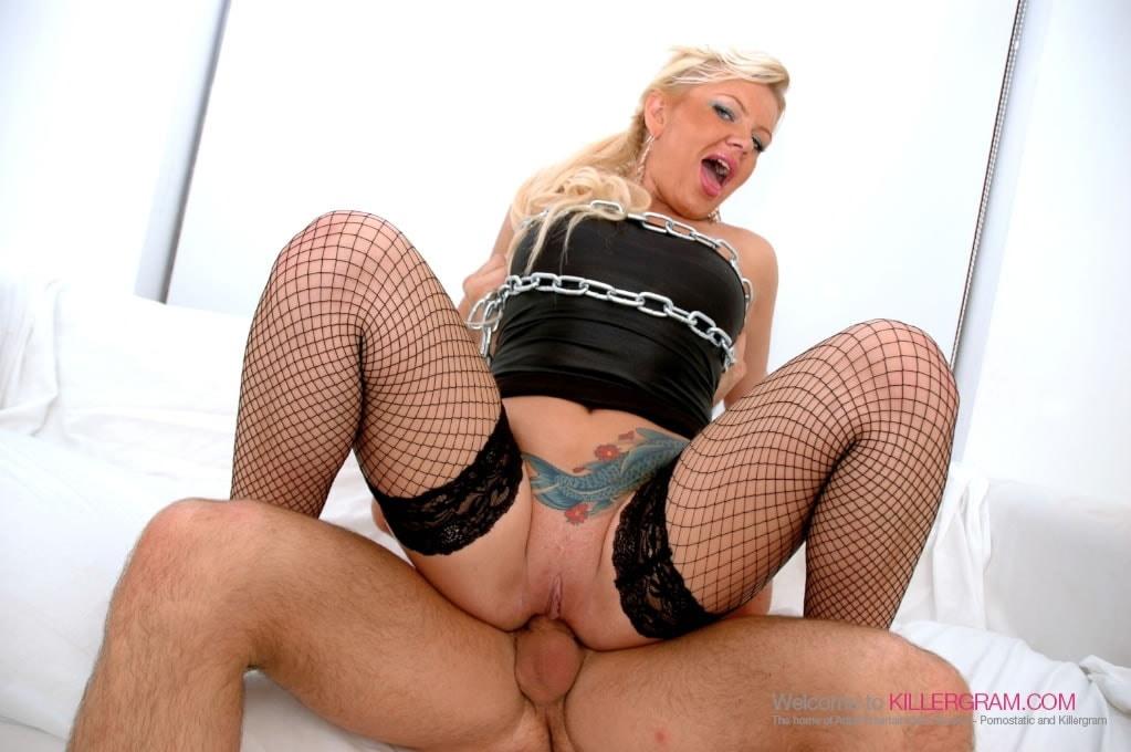 Tiffany Kingston - Smoke The Blonde Slut