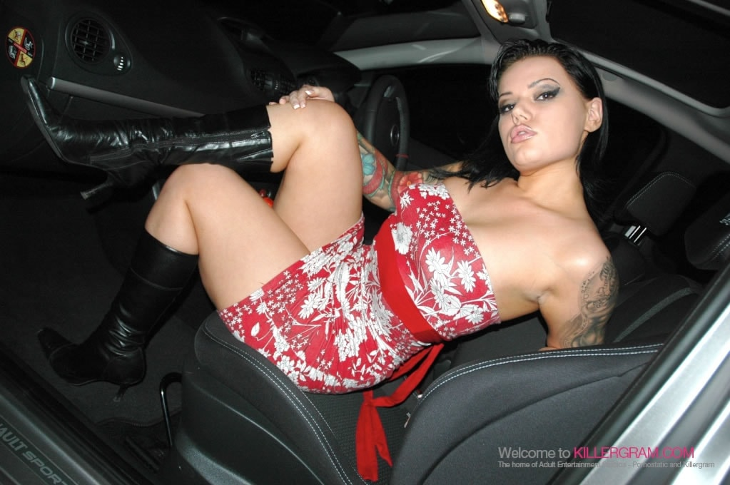 Tina Marie - The Dogging Queen Is Back